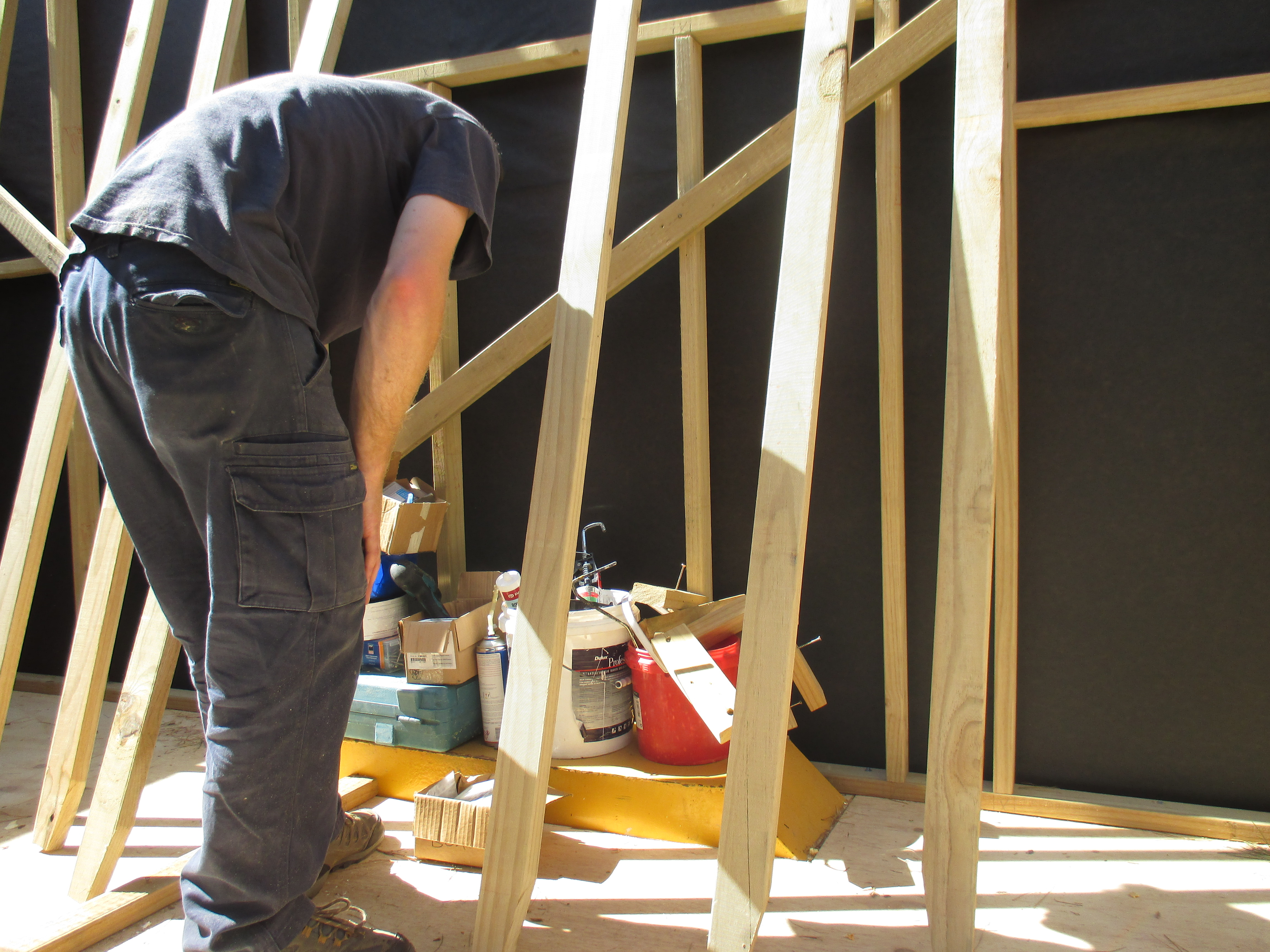 Framing And Cladding The Roof South Island Tiny House
